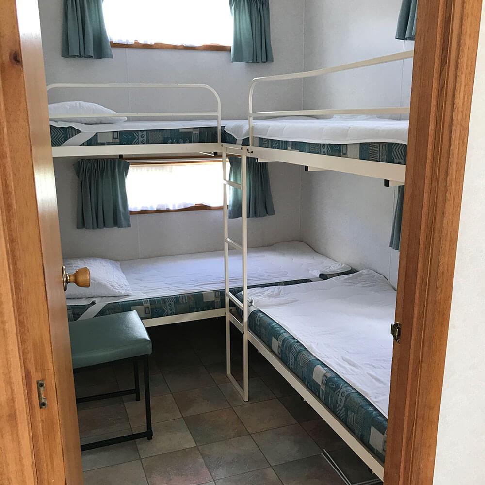 cabin6